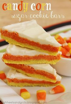 another pinner said: Candy Corn Sugar Cookie Bars. You can make these cute sugar cookies WITHOUT having to refrigerate the dough or roll it out. Half the time and half the mess. Not to mention they're freakishly delicious! Dulces Halloween, Halloween Treats, Halloween Recipe, Halloween Party, Halloween Desserts, Halloween Dishes, Spooky Treats, Halloween Scene, Halloween Goodies