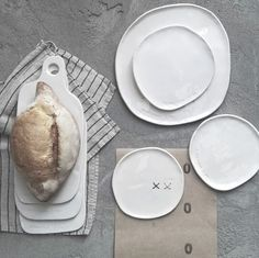 Forme di Farina - ceramica fatta a mano. #homedecor #tableset #interiordesign #interiostylist #architetto #arredamento #design