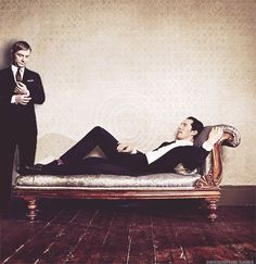 Martin Martin Martin! Hey! .... >> .... << .... Draw me like one of your French waiters. XD <---this. I can't even....