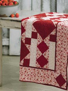 Blanket of Stawberries - free quilt pattern download