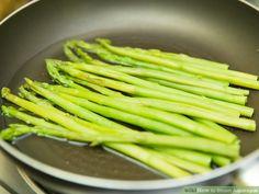 Steamed Asparagus, Steamed Vegetables, Fresh Asparagus, Asparagus Recipe, Veggies, How To Cook Asparagus, Steam Recipes, Fish Recipes, Asparagus