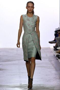 Giambattista Valli Fall 2013 Ready-to-Wear Fashion Show – Women's Fashion Elegant Dresses, Pretty Dresses, Beautiful Dresses, Runway Fashion, Fashion Show, Womens Fashion, Fashion Design, Paris Fashion, Fall Fashion