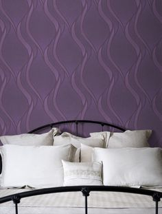 Another wallpaper option http://www.wallpaperdirect.co.uk/products/grandeco/imagine/81926