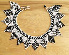 Bead Loom Patterns, Craft Patterns, Beading Patterns, Beaded Choker Necklace, Collar Necklace, Beaded Necklaces, Bead Jewellery, Beaded Jewelry, Beaded Collar