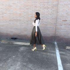 #LAMBlovers / @teshabarb / #LAMBfashion / heels / #ootd