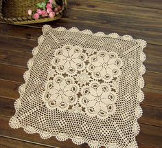 https://www.etsy.com/se-en/listing/199212981/150cm-ecru-hand-crocheted-tablecloth?ref=market