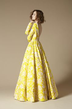 Fabulous backless long sleeves printed dress