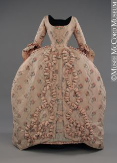 Evening dress  1770-1780   Purchase from Mlle Annette Terroux  M966.53.1.1-3  © McCord Museum