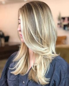 Feathered Two-Tier Long Haircut Blonde Layered Hair, Blonde Layers, White Blonde Hair, Brown Hair With Blonde Highlights, Hair Color For Black Hair, Long Layered Haircuts, Haircuts For Long Hair, Long Hair Cuts, Long Hair Styles