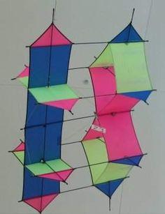 Kite Surf, Go Fly A Kite, Kite Making, Kite Designs, Paper Plane, Carrera, Tatoos, Fun Stuff, Thailand