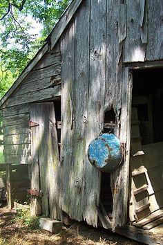 old barn & wash tub #barns #mills #farms