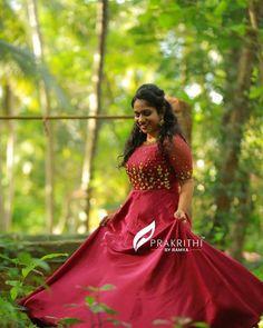 Girl Photo Poses, Girl Photos, Frock For Teens, Bridal Gowns, Wedding Gowns, Kalamkari Dresses, Long Dress Design, Kurta Neck Design, Frock Dress