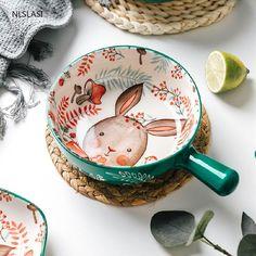 Porcelain Ceramics, Ceramic Plates, Ceramic Pottery, Cool Kitchen Gadgets, Kitchen Items, Cosy Kitchen, Pottery Painting Designs, Bowl Designs, Earthenware