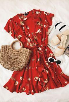 272496c0a7 Romance Red Floral Print Wrap Dress
