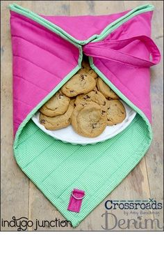 Need a universal casserole carrier to fit your round, rectangle and square dishes? Try Indygo Junction's Quilted Cook and Carry! Create with solid fabric or try a pieced version. $10.99 #sewingpattern #casserole #kitchen