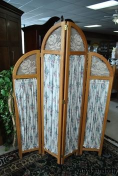 """Beautiful Vintage Curved Wood & Fabric Room Divider. Libby - what do you think abt this """"look""""?"""