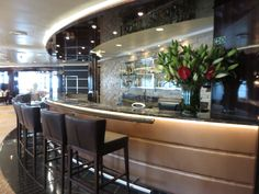 Regent Seven Seas Cruises - Seven Seas Voyager - Horizon Lounge. For more information please click here http://www.cruiseselect.co.uk/cruise-lines/regent-seven-seas/seven-seas-voyager/