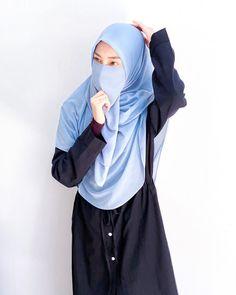 Likes, 41 Comments - سِيْتِيْ مَرْيَمْ Hijabi Girl, Muslim Girls, Niqab, Hijab Fashion, Islam, Adventure, Drawing, Model, Photos