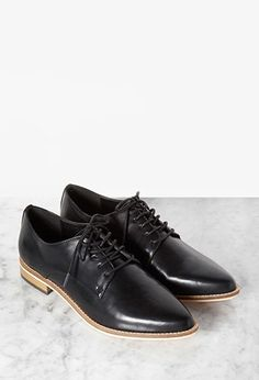 Faux Leather Pointed-Toe Oxfords | Forever 21 - 2000145971
