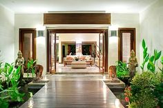 Living Room Entrance - Alfresco