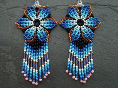 Seed Bead Earrings, Beaded Earrings, Seed Beads, Bead Jewellery, Beaded Jewelry, Parts Of A Flower, Native American Beading, Beading Patterns, Gabriel