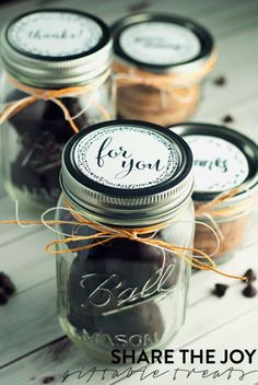 Free Printables for Mason Jars - Cookie Butter Mason Jar Lid Free Printables - Best Ideas for Tags and Printable Clip Art for Fun Mason Jar Gifts and Organizationmasonjar crafts printables 366832332150509324 Mason Jar Tags, Mason Jar Cookies, Pot Mason, Mason Jar Gifts, Mason Jar Diy, Poo Pourri, Jar Packaging, Pots, Jar Labels