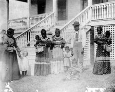 Seminole family visiting a white family in miami 1904 by windonthewater, via Flickr