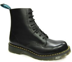 Solovair - Black Fine Haircell Leather Boot - 1471 (8 Eyelet) - SLB02. Made in England.