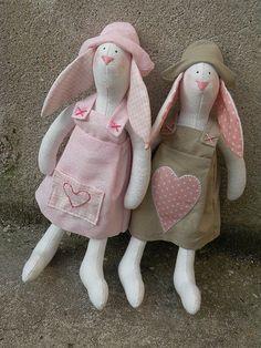 conigli rosa - pink bunnies | Flickr: Intercambio de fotos