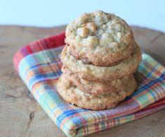 6 πρωτότυπα γλυκά ΧΩΡΙΣ ζάχαρη ιδανικά για τον μικρό σας γλυκατζή! | Infokids.gr Baby Food Recipes, Cookie Recipes, Granola Cookies, Healthy Snacks, Healthy Eating, Sweet Life, No Bake Desserts, Food To Make, Almond