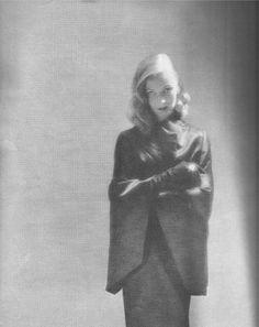 Rare image of Veronica Lake shot by Richard Avedon for Harper's Bazaar July 1947.