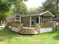 Diy Remodeling Ideas Old Houses - Redesign Old Residences:Property Remodel - Home Renovation Mobile Home Porch, Mobile Home Exteriors, Mobile Home Renovations, Remodeling Mobile Homes, Home Remodeling Diy, House Renovations, Mobile Home Living, Double Wide Remodel, Double Wide Home