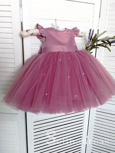 Gorgeous Lovely Pretty Cute Wedding Little Girl Flower Girl Dresses GR – selinadress Cute Flower Girl Dresses, Lace Flower Girls, Little Girl Dresses, Girls Dresses, Baby Flower, Outfits Niños, Kids Outfits, Kids Frocks Design, Frocks For Girls