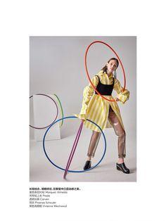 Amber-Witcomb-Sora-Choi-Lorena-Maraschi-by-Roe-Ethridge-for-Vogue-China-July-2017