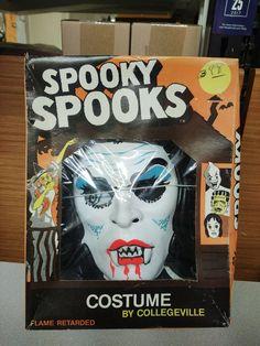 Vampire Vintage 1970s Halloween Costume Spooky Spooks Size S (4-6 yr) NIB #Collegeville #Halloween Halloween Masks, Halloween Face Makeup, Vintage Halloween, 1970s, Ebay