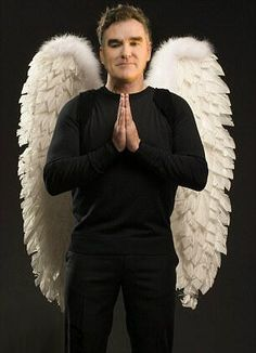 Gordon Ramsay wearing angel wings in prayer Guide Michelin, Michelin Star, Gordon Ramsay Home Cooking, Chef Gordon Ramsey, Chefs, The Smiths Morrissey, British Celebrities, Grand Chef, Indie