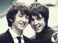 Alex Turner & Miles Kane (The Last Shadow Puppets)