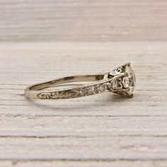it will be my mission to find a beautiful vintage art deco ring