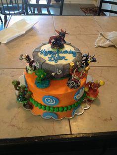 2-tier Fondant Skylanders Cake