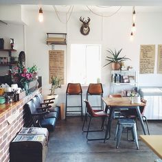 We adore this super cute cafe in Ballina @thebellegeneral. Just a hop skip & a jump from Byron, go check out the granola with coconut yoghurt, the soy chai lattes and the Mexican breakfast burrito. https://instagram.com/p/u2P0nMgqSK/