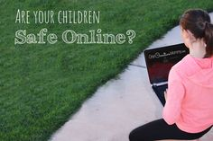 Are your kids safe online? Check out these Simple Internet Safety Tips, and share them with your kids today! {OneCreativeMommy.com} #ShareAwesome
