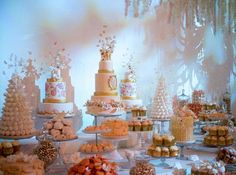 Dessert Tablescape by Rosalind Miller   Qatar Table
