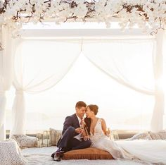Jana Williams: Love this moment from wedding this weekend. I mean such a fairytale wedding. Fall Wedding, Dream Wedding, Jana Williams, Destination Wedding, Wedding Planning, Santorini Sunset, Luxe Life, Wedding Colors, Wedding Hairstyles
