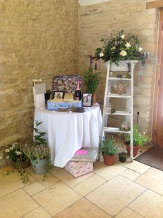 Card and gift table @Kingscote Barn