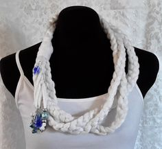 White, Floral Themed, Crocheted Fiber Necklace Caron Simply Soft, Handmade Design, Handmade Flowers, Patterned Shorts, Women's Accessories, Crochet Top, Crochet Necklace, Fiber, Floral