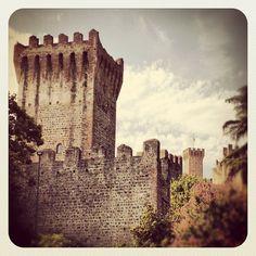 """@mauroparolo's photo: """"#ig #iphone #instamood #iphonesia #walls"""""""