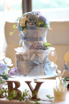 オーダーメイドダイパーケーキ ブルーに挿し色の紫が素敵 #おむつケーキオムツケーキ#ダイパーケーキ#パーティーデコレーションセッティング