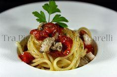 Spaghettoni con tonno, cipolla di Tropea e pomodorini disidratati