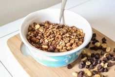 peanut butter cup granola. - Sallys Baking Addiction