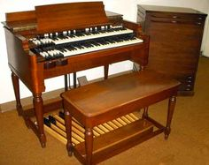 Hammond B-3 with a Leslie 122